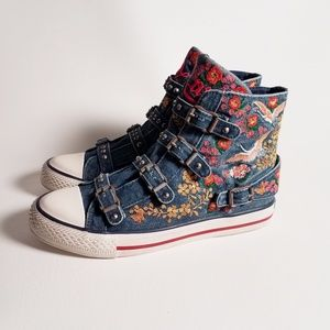 Ash Distressed Denim Embroidery Sneakers